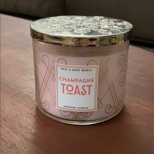 Bath and Body Works Champagne Toast Candle